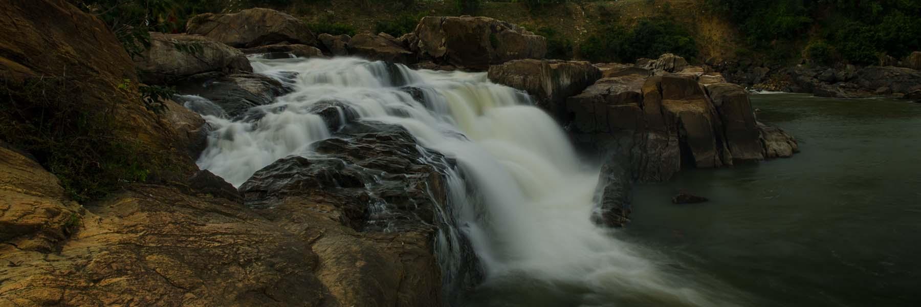 waterfalls tour by wild voyager