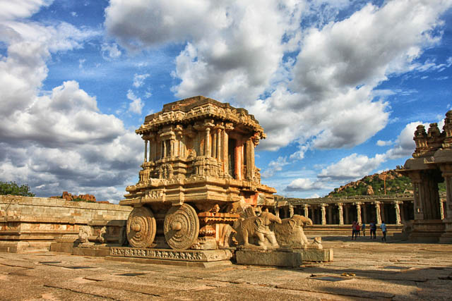 clear blue sky above the Chariot in Vittala temple, Hampi