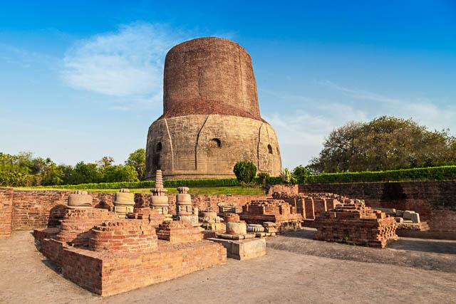 Dhamekh Stupa and ruins in Sarnath, Varanasi