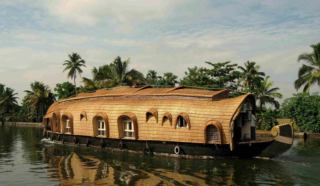 houseboat on backwaters of cochin, kerala