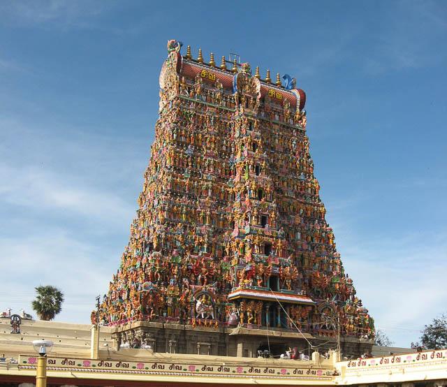 meenakshi amman temple in madurai, tamil nadu