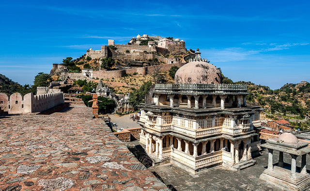 Kumbhalgarh fort in Rajasthan viewed from a nearby palace