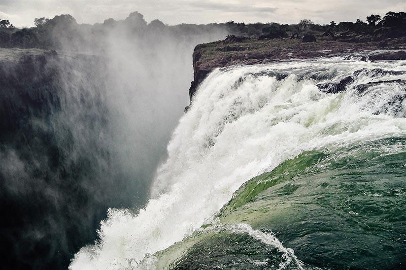Victoria falls side view