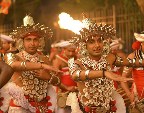 Best of Sri Lanka with Kandy Festival tour